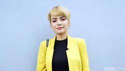Aksi Dinar Candy Berbikini di Jalan Disebut Langgar Norma Budaya