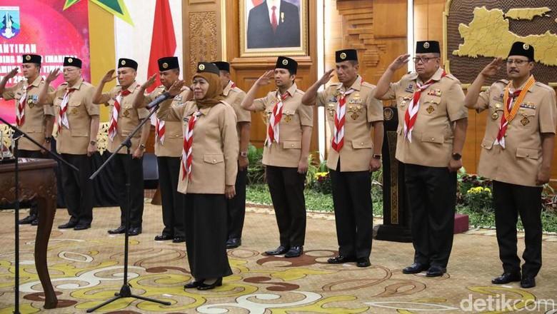 Dilantik jadi Ketua Mabida Pramuka Jatim, Ini Harapan Gubernur Khofifah