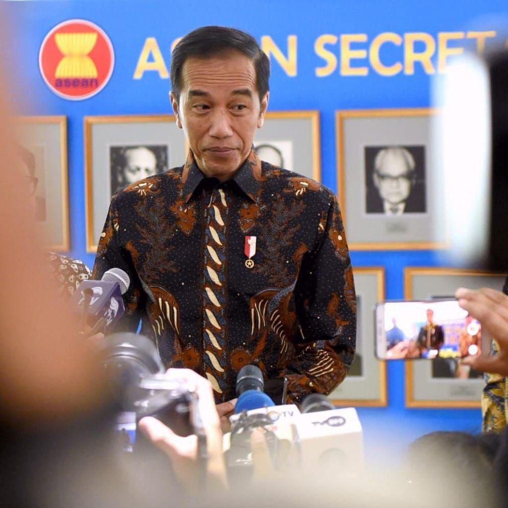 Bantu Jokowi Cari Menko PMK, Begini Caranya!
