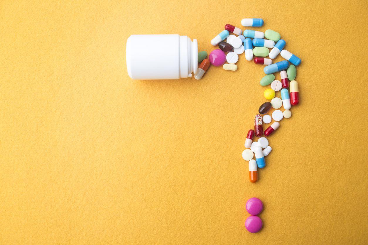 ilustrasi minum obat