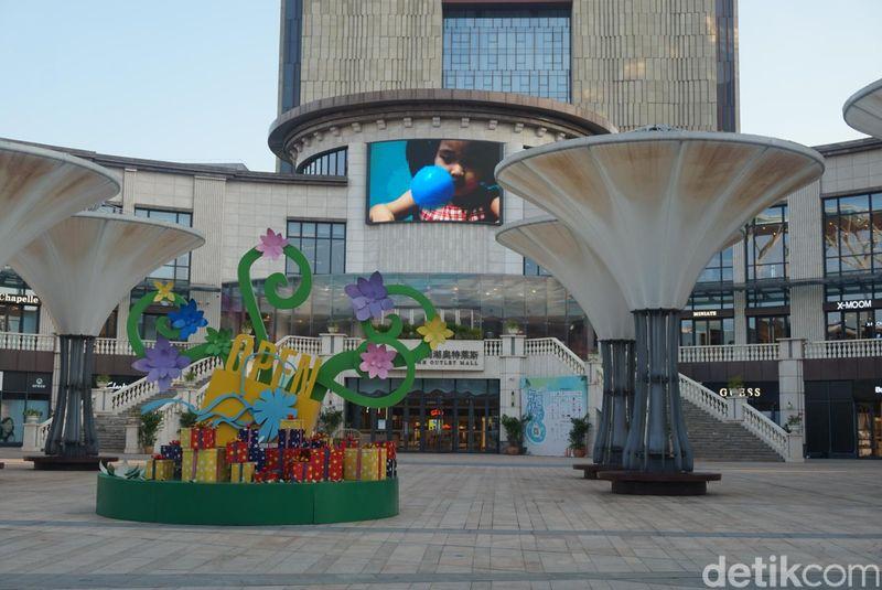 MH Outlet terletak di Haikou, ibu kota Hainan, sekitar 30 menit dari Meilan International Airport (Shinta/detikcom)