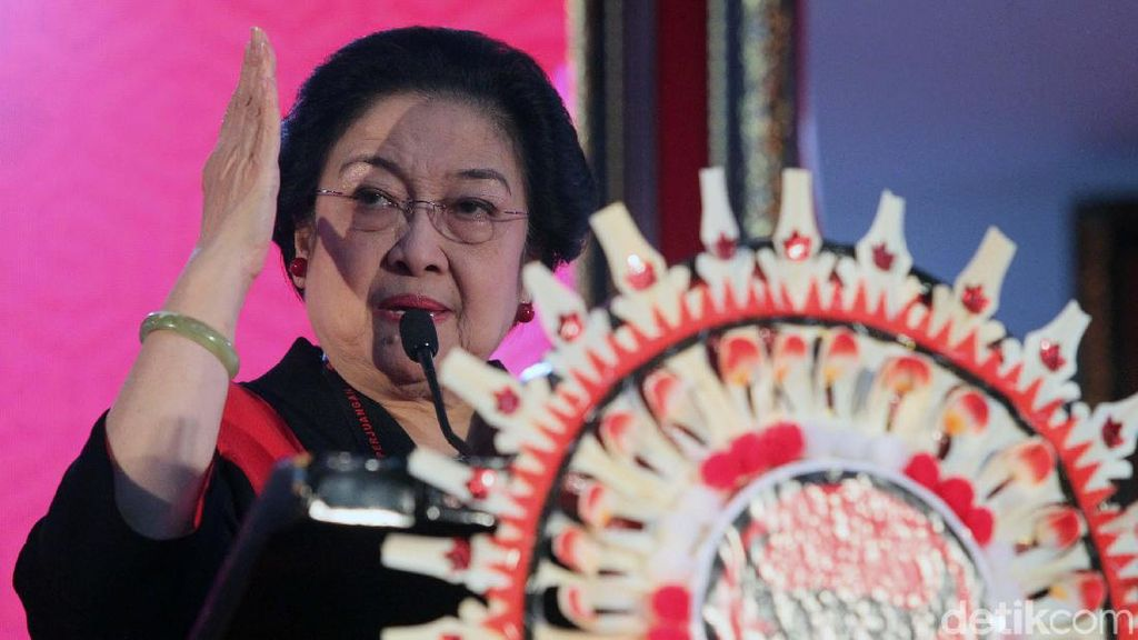 Megatrending (Ibuisme) Megawati