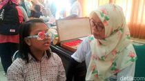 Makin Banyak Anak SD Pakai Kacamata, Tren Main Gadget Dituding sebagai Pemicu