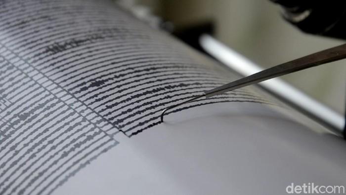Seismograf, alat pencatat getaran gempa