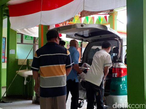 Jenazah korban dibawa ke RS dr Saiful Anwar/