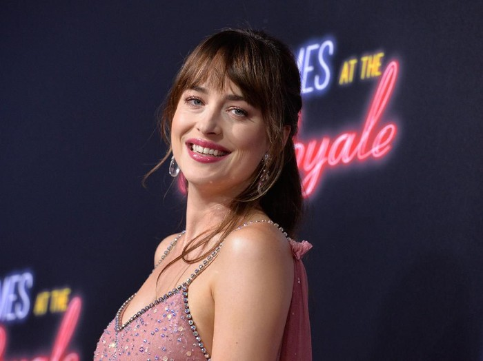 HOLLYWOOD, CALIFORNIA - AUGUST 01:  Dakota Johnson attends the LA Special Screening Of Roadside Attractions The Peanut Butter Falcon at ArcLight Hollywood on August 01, 2019 in Hollywood, California. (Photo by Jon Kopaloff/Getty Images,)