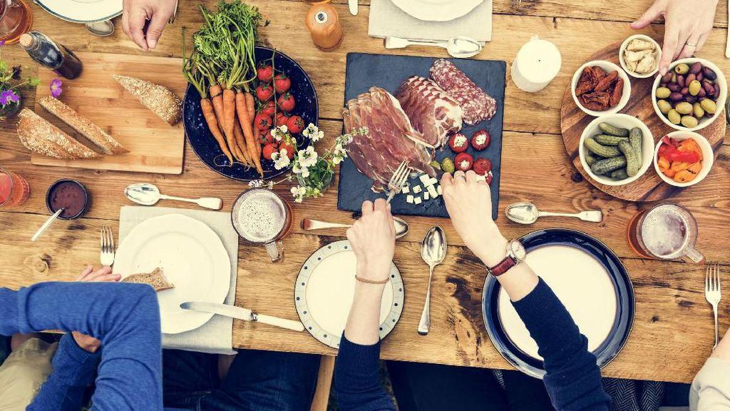 Berhenti Makan Setelah Jam 6 Turunkan Risiko Penyakit Jantung