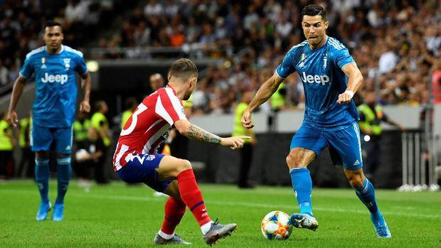 Franck Ribery tak ingin jadi pesaing Cristiano Ronaldo.