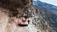 Foto: Jalan Paling Ngeri di Dunia Ada di Pegunungan India