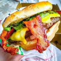 Restoran Ini Tawarkan Rp 14 Juta Sehari Buat Pencicip Bacon Mereka