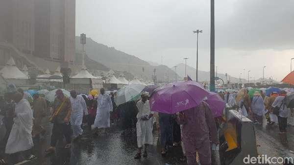 Mina Bukan Diterjang Badai, Jemaah Haji RI Aman