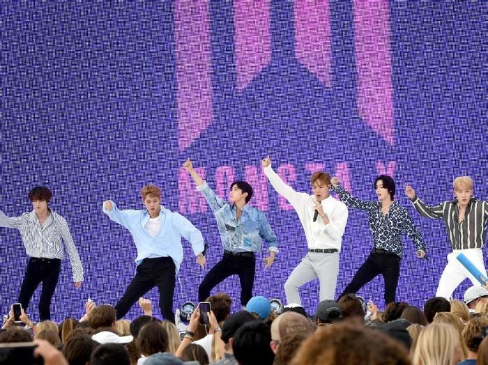 HERMOSA BEACH, CALIFORNIA - AUGUST 11: Shownu, Wonho, Minhyuk, Hyungwon, Joohoney, and I.M of Monsta X perform onstage during FOXs Teen Choice Awards 2019 on August 11, 2019 in Hermosa Beach, California. (Photo by Kevin Winter/Getty Images)
