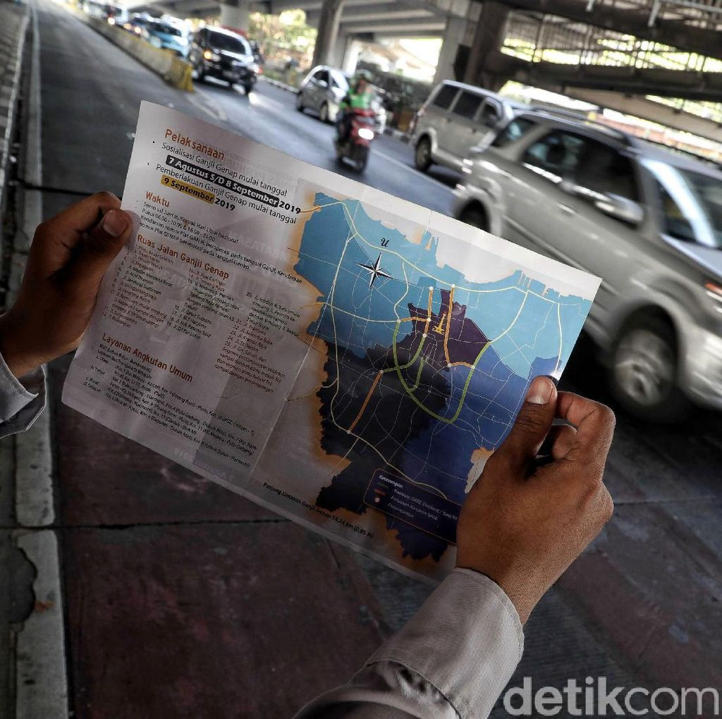 Muncul Ide Taksi Online Bebas Ganjil Genap, Pro atau Kontra?