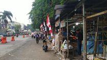 Masih Ada PKL yang Jualan di Atas Trotoar Jl Dewi Sartika Bogor
