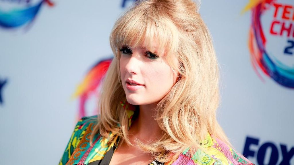 Taylor Swift dan Stella McCartney Resmi Rilis Kolaborasi Fashion