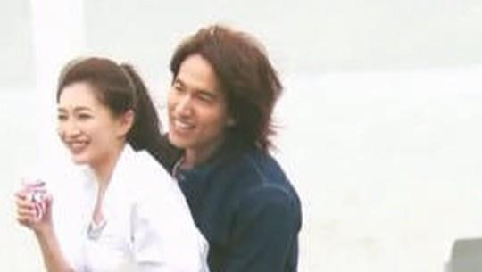 Lihat Senyum Jerry Yan yang 17 Tahun Jagain Jodoh Orang