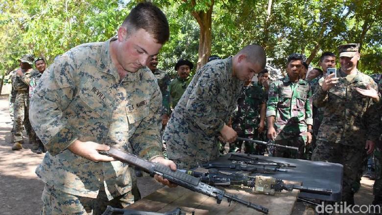Marinir Indonesia dan AS Lomba Bongkar Pasang Senjata, Siapa Paling Jago?