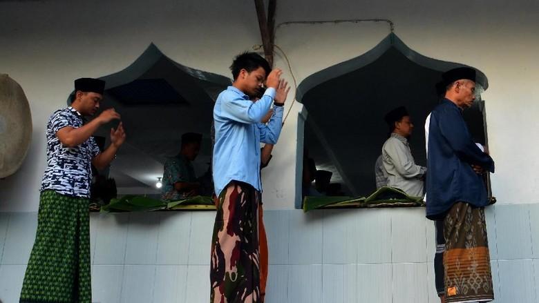 Jemaah Naqsabandiyah di Jombang Gelar Salat Idul Adha Hari Ini