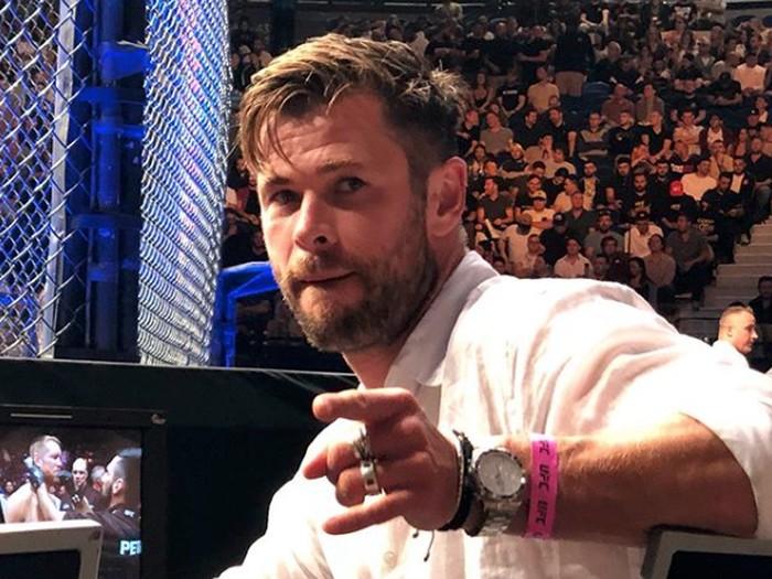 Chris Hemsworth ulang tahun.