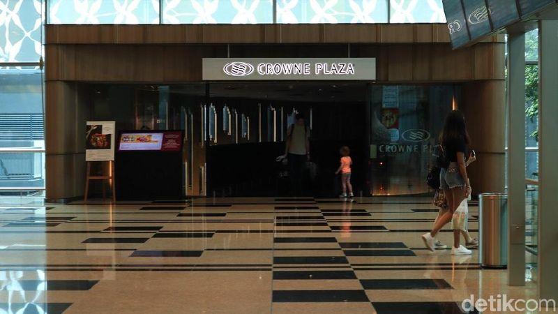 The Crowne Plaza Changi Airport di Singapura, adalah hotel bandara yang telah menyabet predikat terbaik di dunia versi Skytrax 5 kali berturut-turut (Randy/detikcom)