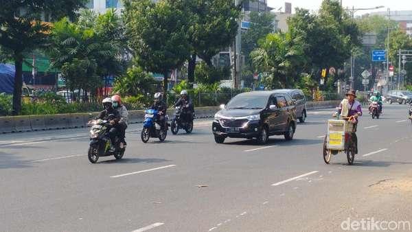 Wacana Penanda Bebas Ganjil Genap, Dishub DKI Cek Regulasi Angkutan Online