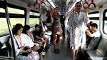 LRT Jakarta Dibajak Model Cantik, Ada Apa?