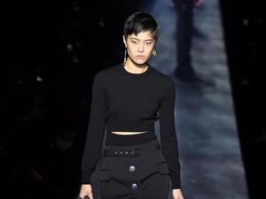 Setelah Versace, Giliran Givenchy dan Coach Minta Maaf ke China