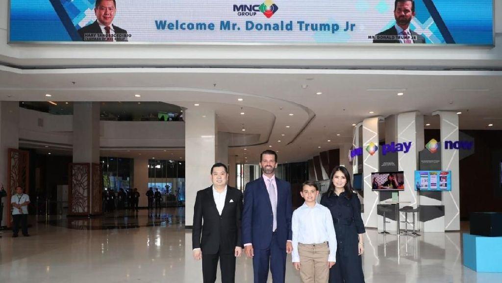 Momen Cucu Donald Trump Bertemu Hary Tanoe