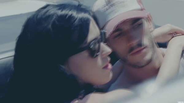Ini Josh Kloss, Model yang Mengaku Dilecehkan Oleh Katy Perry