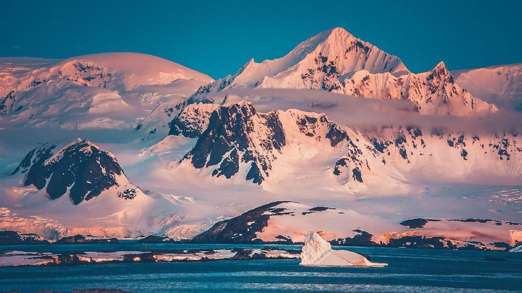 Ada Sayembara Liburan Gratis ke Antartika, Mau?