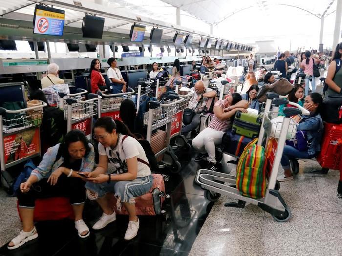 Ilustrasi Bandara Hong Kong (Issei Kato/Reuters)