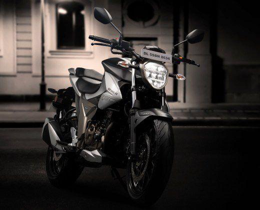Suzuki Gixxer 250, motor sport 250 cc Suzuki