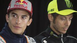 Marquez Cedera (Lagi) Gara-gara Buka Jendela, Begini Komentar Rossi