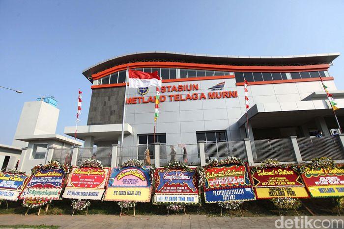 Begini penampakan Stasiun Metland Telaga Murni, Kabupaten Bekasi. Modern dan dinamis.