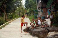 Warga Kampung Kwatisore (Yakub Hari Kristianto/ACI)