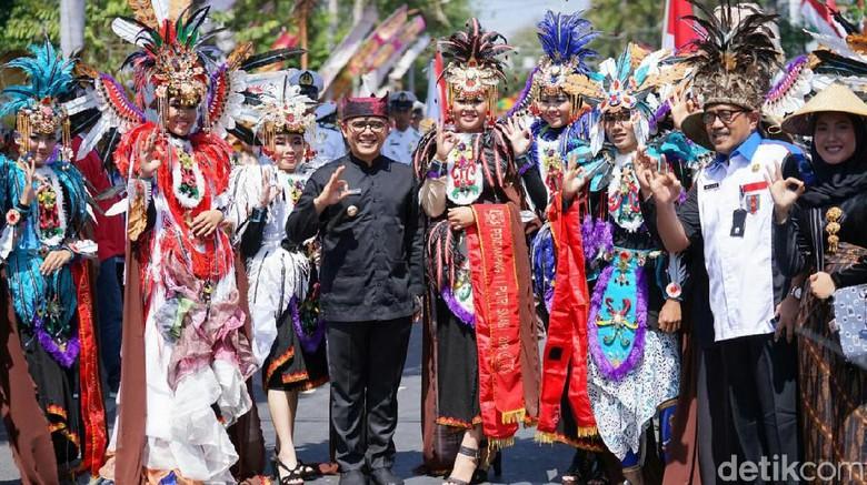 Karnaval Kebangsaan, Cara Pelajar Banyuwangi Meriahkan HUT RI
