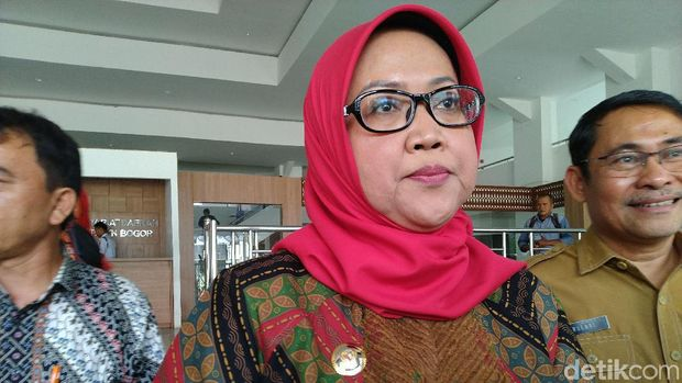 Bupati Bogor Dengar Curhat Calon Kades Tertekan: Ada Back-up Ormas