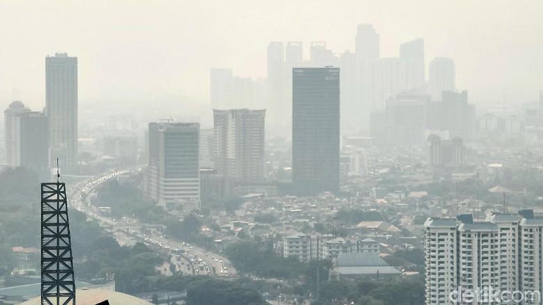 Minggu Pagi, Kualitas Udara Jakarta Terburuk di Dunia