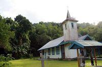 Gereja di Kampung Kwatisore (Yakub Hari Kristianto/ACI)
