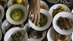 Bertahan Puluhan Tahun Menjaga Kualitas dan Rasa Hidangan Tradisional