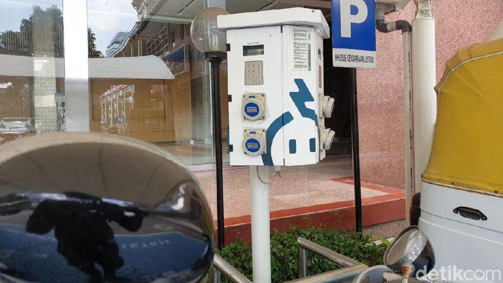PLN Bakal Luncurkan 10 Titik Fast Charging Buat Mobil Listrik