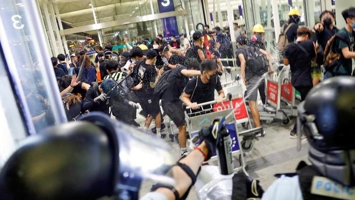 Demo di Hong Kong. (Foto: Reuters)