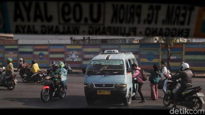 Ilustrasi angkutan umum (Foto: Pradita Utama/detikcom)