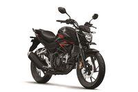 Honda CB150R StreetFire warna Macho Black.