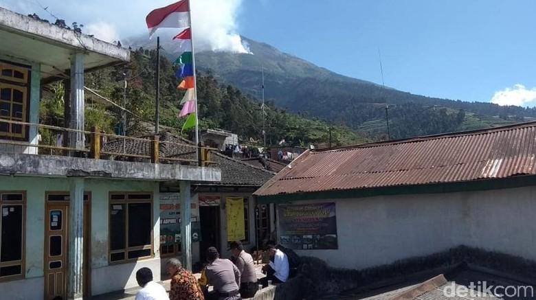 Lahan Terbakar di Gunung Sumbing Mencapai Nyaris 150 Hektare