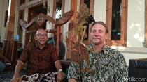 Romantisme Budaya Antara Cirebon dan Amerika