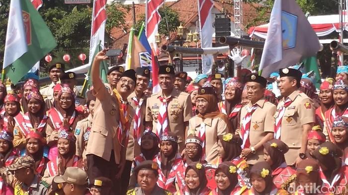 Ada lima pesan Kwartir Nasional Gerakan Pramuka yang disampaikan di Surabaya. Mulai dari soal merebaknya KKN hingga Gerakan Pramuka yang diharapkan bisa membangun karakter generasi penerus.