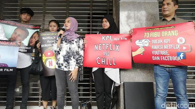 Politikus PSI Pimpin Netizen Serahkan Petisi Tolak KPI Awasi Netflix