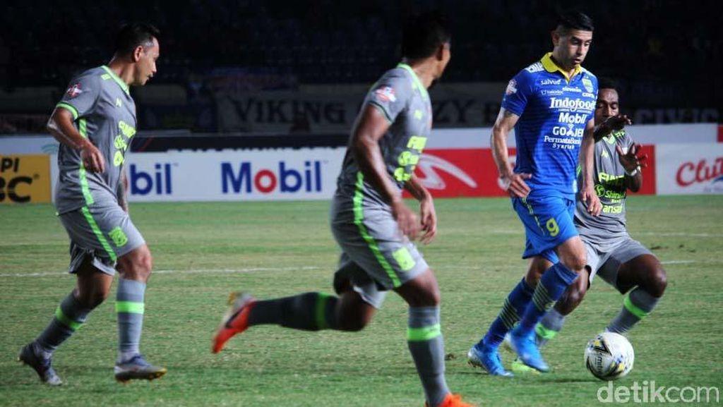 Persib Bandung Ditahan Imbang Borneo FC