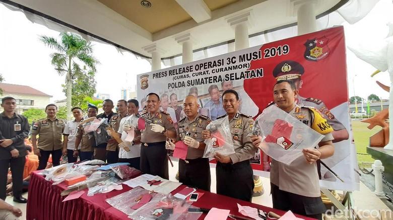 Selama Dua Pekan, Polisi Tangkap 97 Pelaku Kejahatan di Palembang